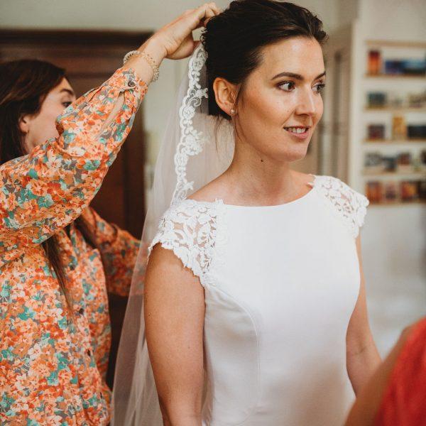 Buidsmake-up en bruidskapsel Juliette