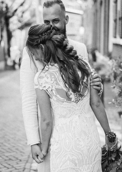 Bruidskapsel Jeanine (www.marloesniemeijerfotografie.nl)
