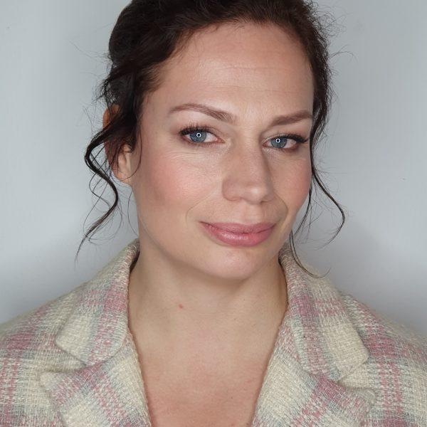 Soft glam bruidsmake-up Bianca